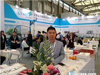 中国全部门窗博览会开幕,蓝天新海全自动涂胶机广受赞誉