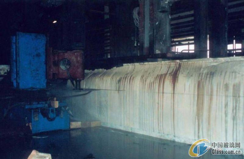 重庆莱弗窑炉提供在线水平切割加工