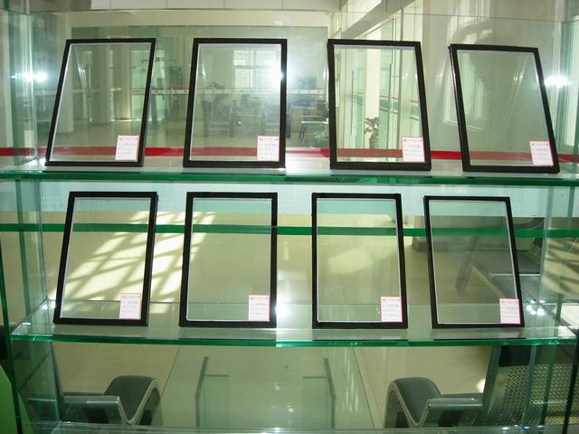 加工多种规格钢化玻璃