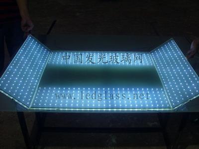 LED玻璃展柜  LED发光玻璃