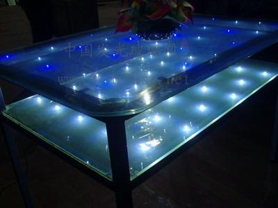 发光玻璃桌