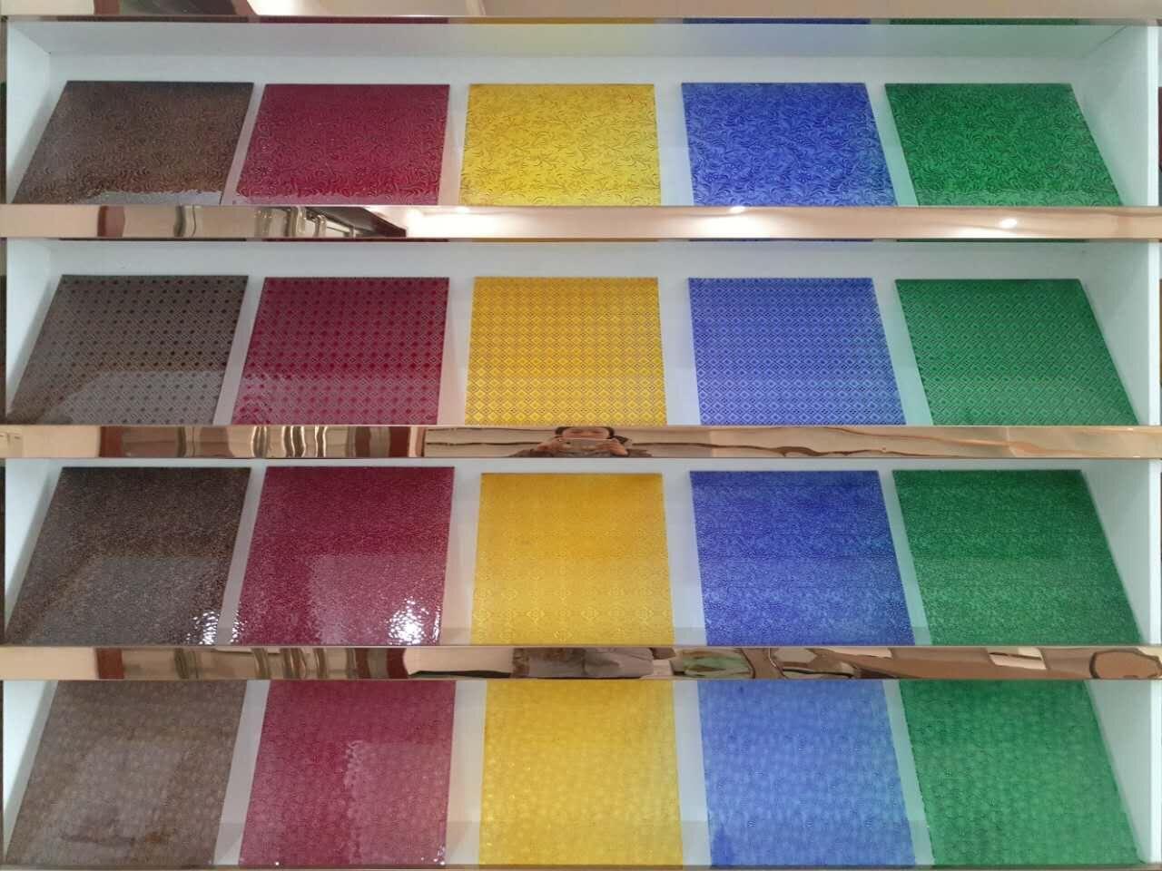 彩色透明压花玻璃