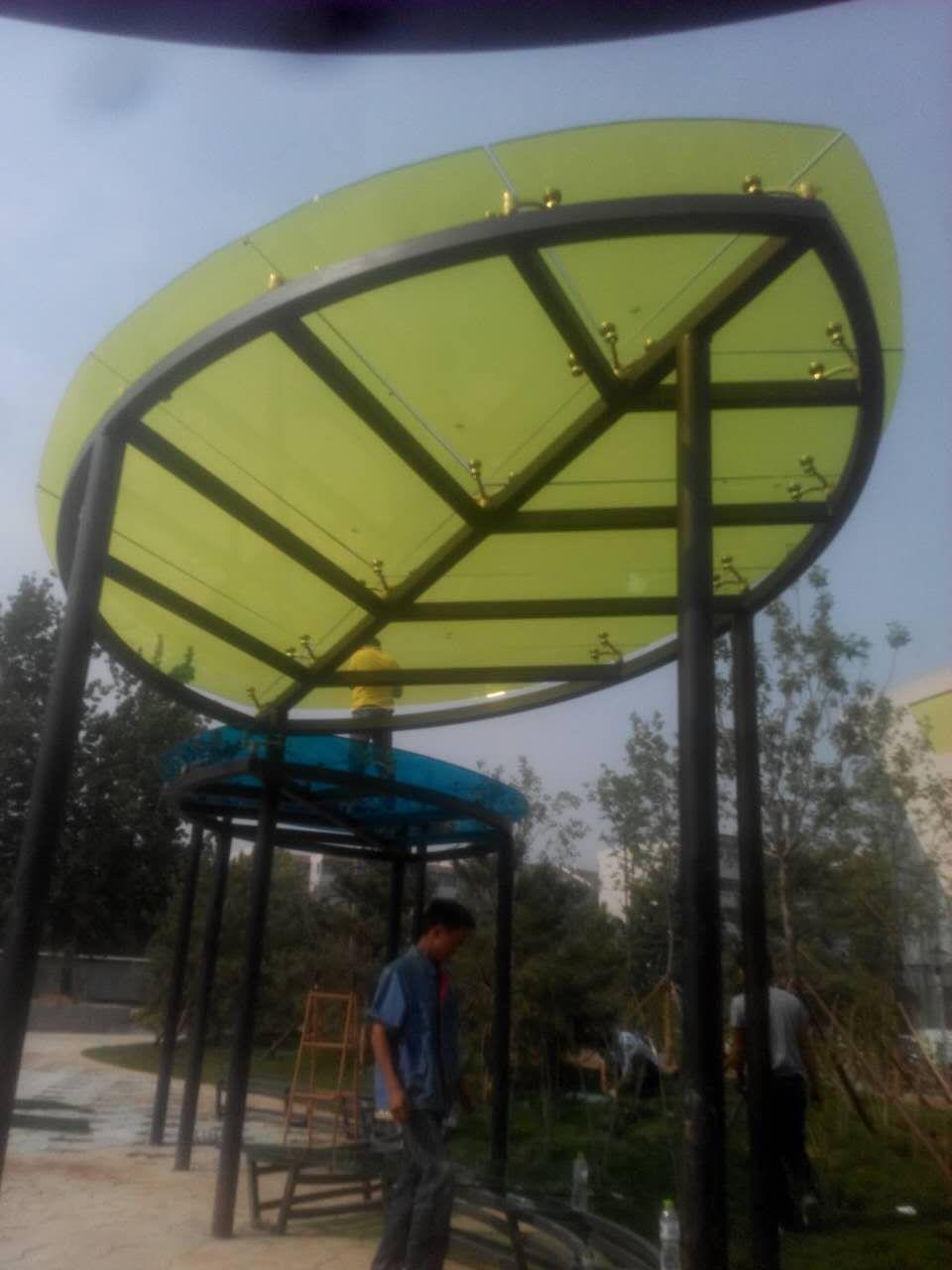 北京供应彩色阳光棚玻璃及隔断定制厂家