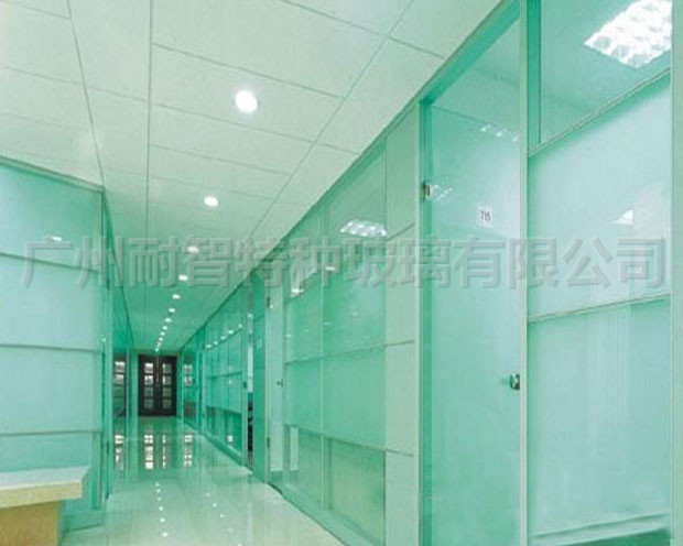 特种玻璃钢化超大超长建筑夹层玻璃