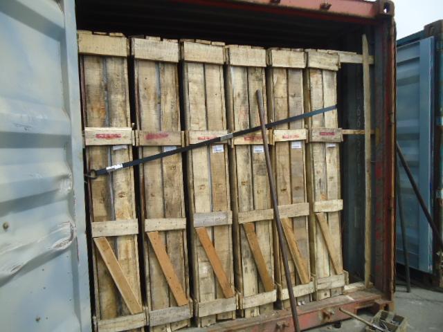 大量供应各种厚度规格浮法玻璃
