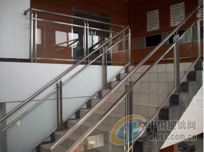 不锈钢玻璃围栏4