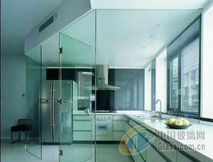 厨房玻璃隔断效果图 巧妙设计让家居空间更开阔