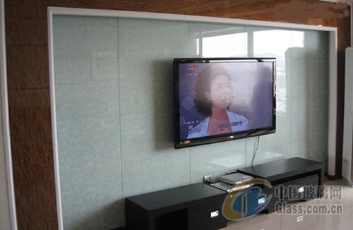 藝術玻璃電視機背景墻裝修施工技巧