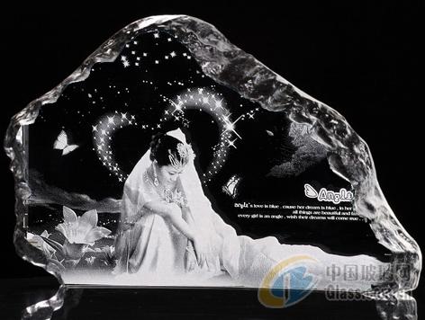 玻璃生产设备 > 三维水晶内雕机