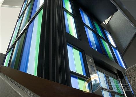 艺术玻璃装修设计高档卖场电梯间