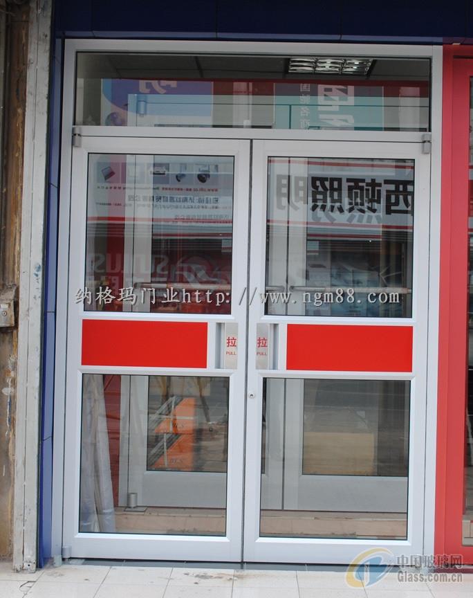 欧式玻璃店门