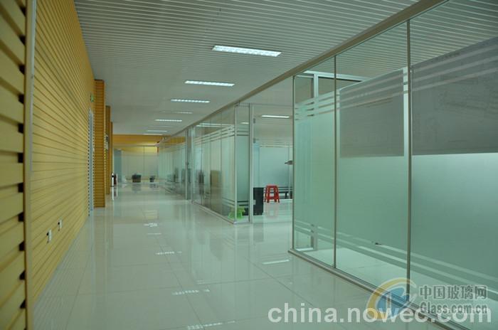西青区安装玻璃隔断简单大气