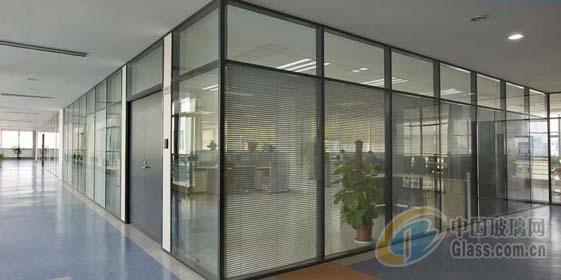 天津津南区玻璃隔断安装
