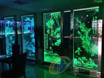 内雕发光玻璃-内雕3d发光玻璃