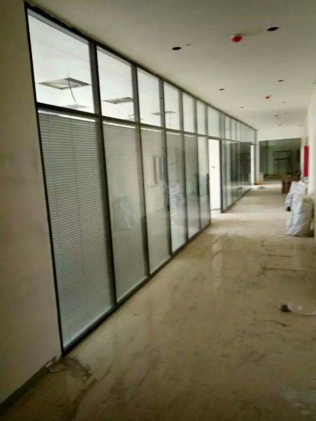 郑州专业安装办公室隔断玻璃门