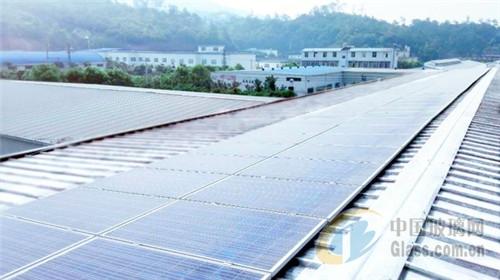 星巴克的屋顶光伏电站可以发电啦!