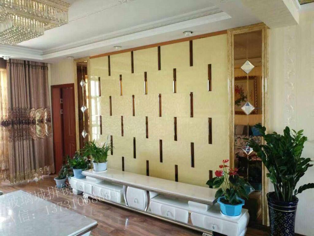 艺术玻璃拼镜背景墙使用在欧式风格中会增添市内装饰效果的豪华和高档