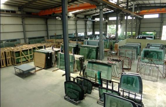 玻璃钢的制作材料是哪些 生产汽车玻璃技术