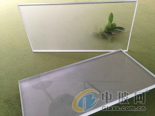 一、什么是玻璃喷砂加工工艺