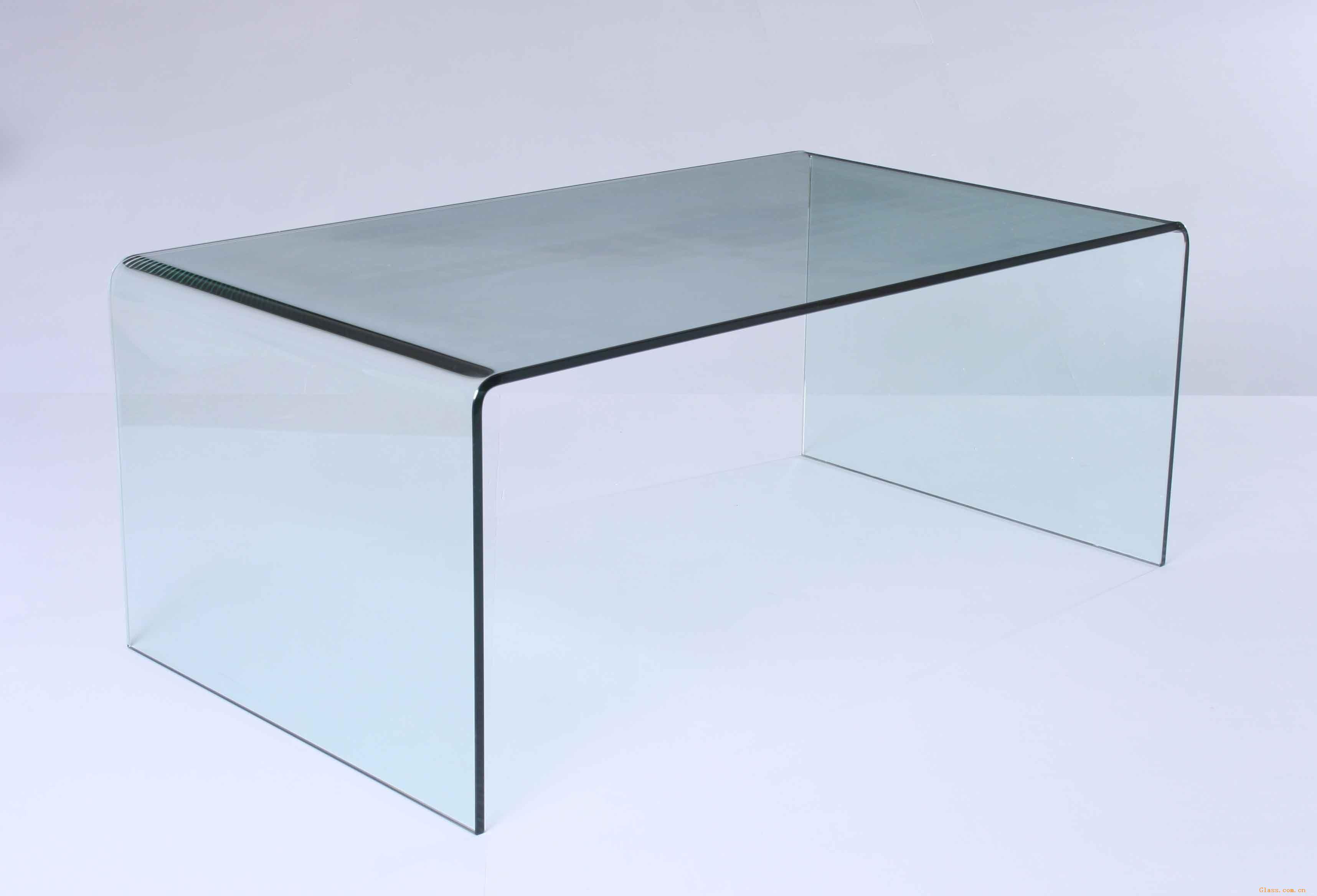 科诺尔玻璃科技有限公司中外合资企业,创建于2000年,专业于钢化玻璃技术、钢化玻璃家居及工业技术玻璃产品的开发与制造是三星、大宇电子、LG、海尔等著名公司的长期供应商,产品远销至北美、南美、东南亚、欧洲、西亚以及韩国、日本。它是我国长江以北最大的钢化玻璃和玻璃家居生产企业。公司位于风景秀丽、气候宜人、交通发达的滨海城市龙口经济开发区,206国道横贯门前,距威乌高速路口8.