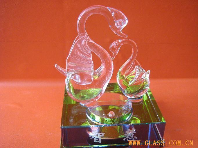 水晶天鹅-香水瓶-中国玻璃网