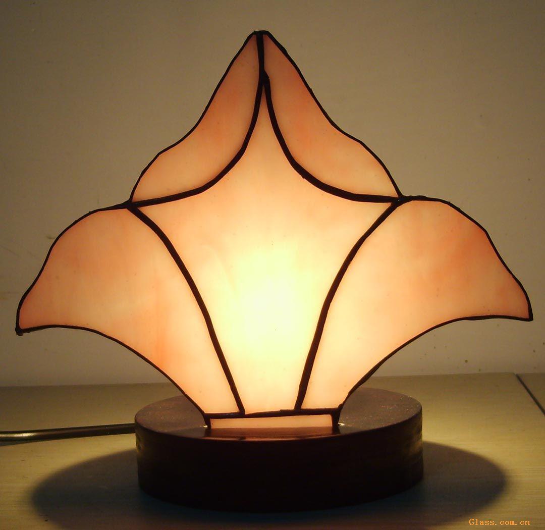订货量 价格(不含税) 不限 电议 供应标题:供应镶嵌玻璃灯饰 信息