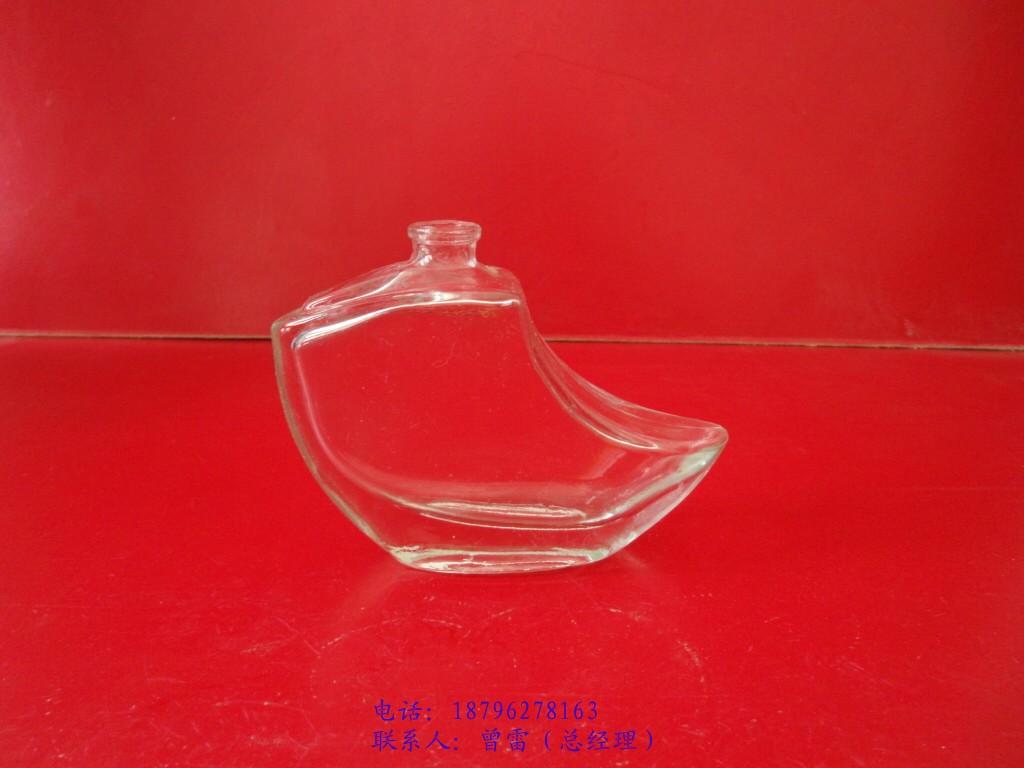 供应巴黎铁塔香水玻璃瓶系列,加工定制各种香水玻璃瓶
