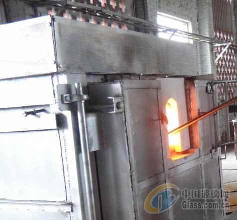 36平方米燃煤马蹄焰玻璃窑炉点火 供应玻璃制品器皿烤花退火箱式实验