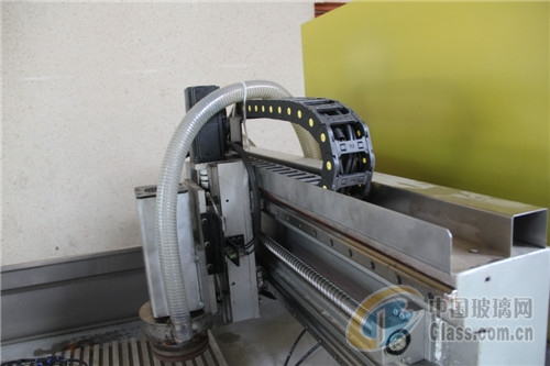 佛山玻璃倒角机磨圆机小型加工中心