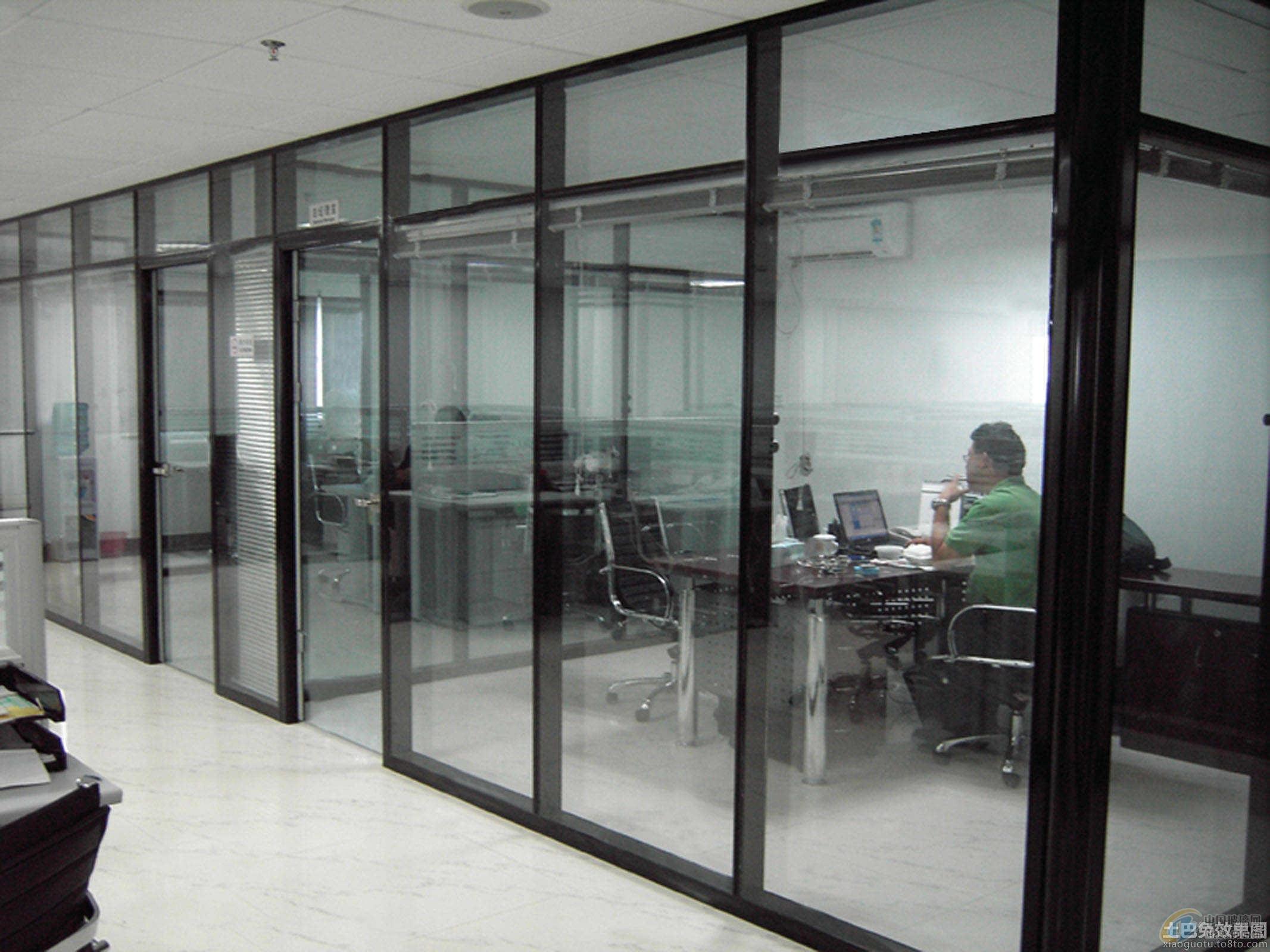 南京玻璃隔断图片
