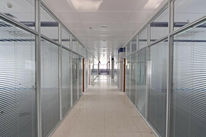 晋城玻璃隔断墙安装设计