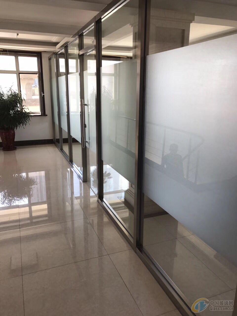 大连白钢玻璃隔断 办公室隔断门 旋转门