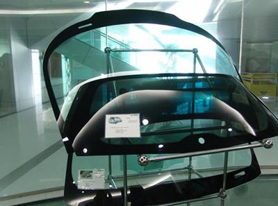 福耀玻璃免费送彩金平台结构升级 汽玻免费送彩金平台量价齐升 国际市场拓展顺利