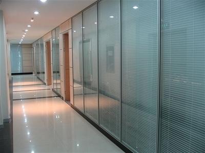 你知道玻璃隔断的分类以及区别吗?