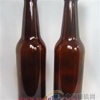 棕色啤酒瓶