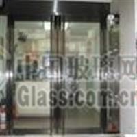 河东区安装夹胶玻璃,技术精湛
