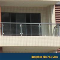 12mm白玻钢化阳台护栏玻璃厂