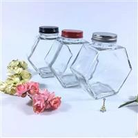 厂家直销玻璃六棱蜂蜜瓶较新款,徐州全业玻璃制品有限公司,玻璃制品,发货区:江苏 徐州 徐州市,有效期至:2020-02-09, 最小起订:20000,产品型号: