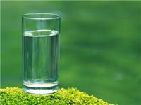 我国出口捷克玻璃杯遭退运:盲目增