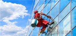利尔阳光推动清洁行业变革 让传统的人工清洗玻璃成为过去式