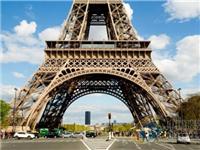 巴黎埃菲尔铁塔将造3米玻璃墙 可防弹防车撞