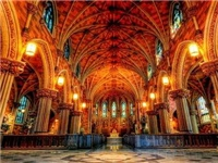 教堂里面的彩色拼色玻璃是什么  花窗玻璃的制作步骤