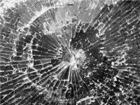 玻璃上有个洞怎么办呢  玻璃打孔机简介