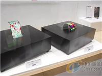 夏普展出自家生产的OLED显示面板的 AQUOS zero手机