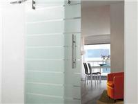 不锈钢玻璃门如何安装  不锈钢楼梯玻璃怎么固定