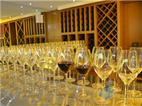 关于红酒杯,你知道水晶与玻璃杯的区别吗?