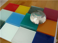 玻璃彩釉和喷漆有什么区别  烧结玻璃是什么