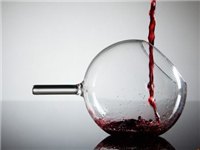 玻璃瓶回收再利用方式有哪些  回收玻璃瓶时需要注意什么问题