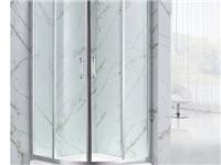 一米扇形玻璃卫浴安装视频 6m长吊挂玻璃安装视频