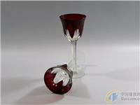 在玻璃上怎么手工雕刻图案  冰晶画玻璃怎么做